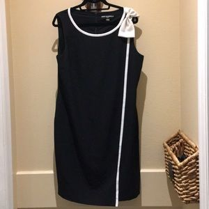 Karl Lagerfeld Black and White Dress Size 16
